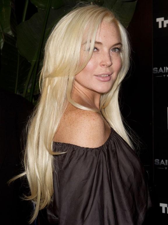Lindsay Lohan a twitté pour les bonnes oeuvres