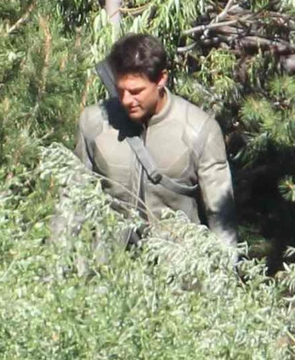 Tom Cruise sur le tournage d'Oblivion en Californie le 10 juillet 2012