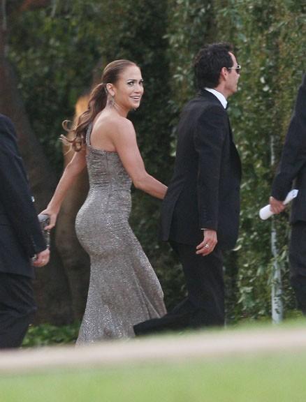 Jennifer Lopez, la plus belle femme de 2011 a un gros popotin !