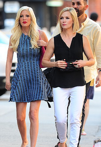 Tori Spelling et Jennie Garth à New York le 24 juin 2014