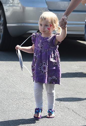 La petite Hattie à Los Angeles le 12 avril 2014