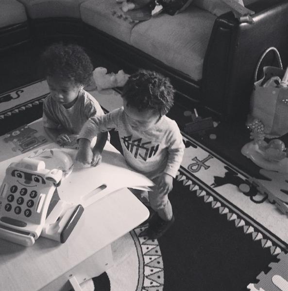 Photos : Tyga et Wiz Kahlifa : des papas complètement gaga !