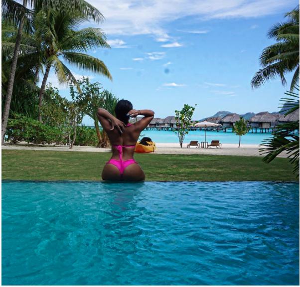 La future Madame Bolt aime ses vacances