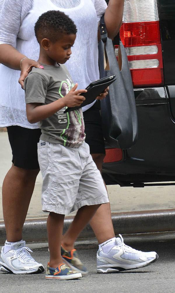 Raymind V, le fils d'Usher et de Tameka Foster