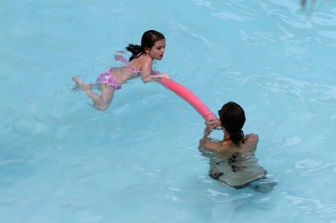 Petite baignade entre mère et fille !