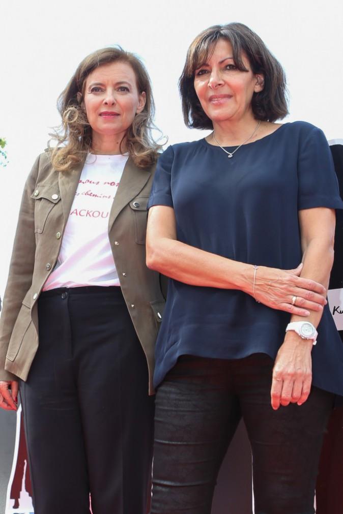 Valérie Trierweiler et Anne Hidalgo inaugurent le lundi 28 juillet l'exposition Bring Back Our Girls place de la République à Paris
