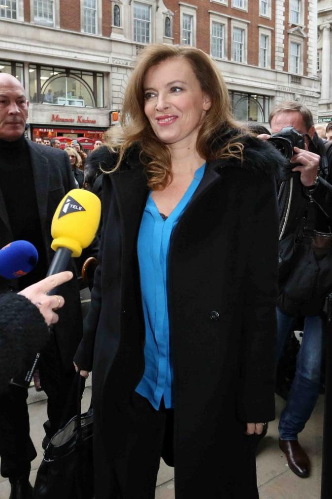 Valérie Trierweiler : très attendue pour la signature de son livre à Londres !