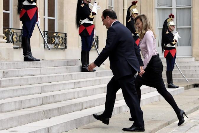 Valérie Trierweiler porterait la culotte dans son couple avec François Hollande !