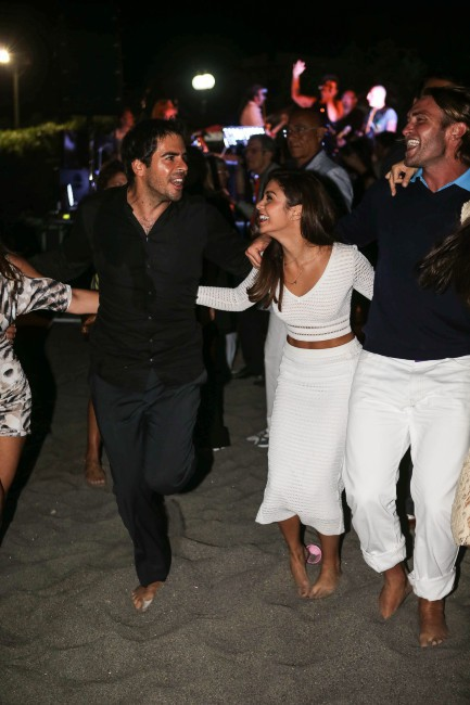 Vanessa Hudgens et Eli Roth lors dîner de gala du Festival d'Ischia en Italie, le 18 juillet 2013.