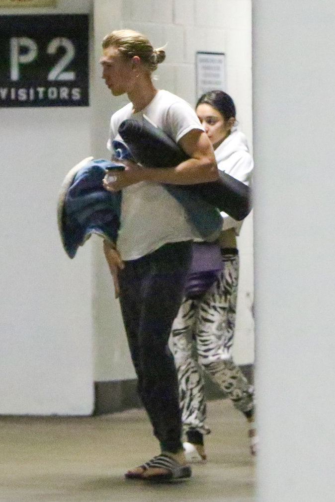 Vanessa Hudgens : dévastée par le décès de son père, elle se console auprès de son boyfriend