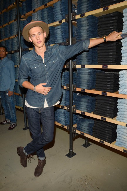 "Austin Butler lors de l'événement ""American Eagle's Rock Your walk kick off"" à New York, le 30 juillet 2013."
