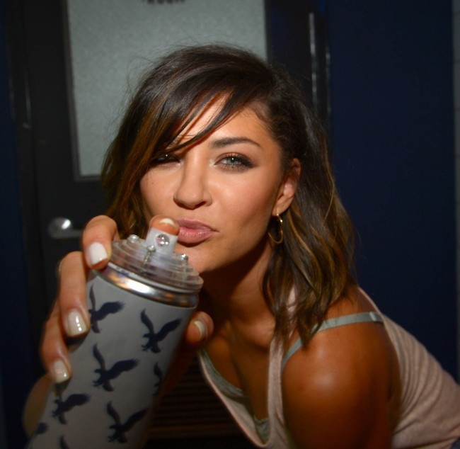 "Jessica Szohr lors de l'événement ""American Eagle's Rock Your walk kick off"" à New York, le 30 juillet 2013."