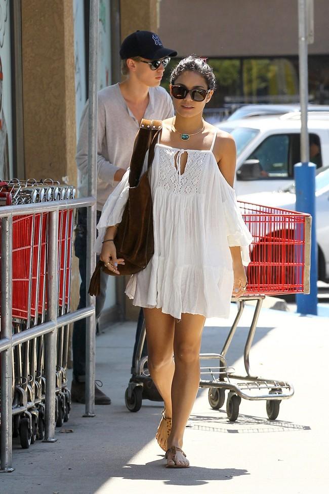 Vanessa Hudgens le 16 juillet 2012 à Los Angeles