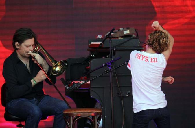Vanessa Paradis et Benjamin Biolay au festival des Vieilles Charrues le 17 juillet 2014