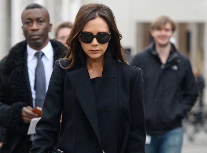 Victoria Beckham : recueillement et �motion pour l'ouverture de la Fashion Week de Londres...