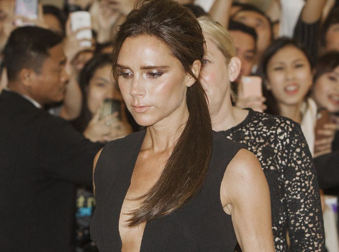 Victoria Beckham : pas grand chose � voir dans son d�collet� !
