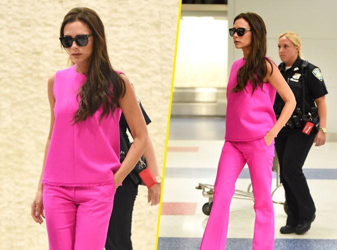 Victoria Beckham : ultra look�e, le total look pink lui va � ravir !