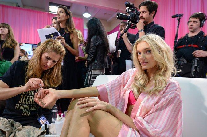 Photos : Victoria's Secret Fashion Show 2015 : Lily Donaldson