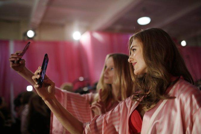 Victoria's Secret Fashion Show 2015 : Les backstages !