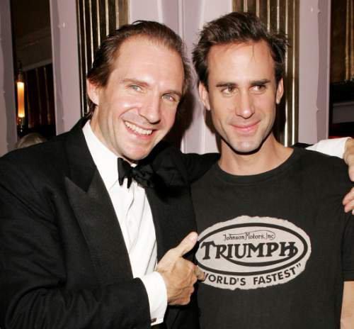 Joseph Fiennes et son jumeau