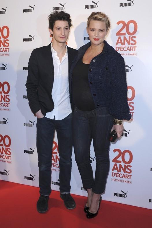 Virginie Efira et Pierre Niney à l'avant-première de 20 ans d'écart à Paris le 5 mars 2013