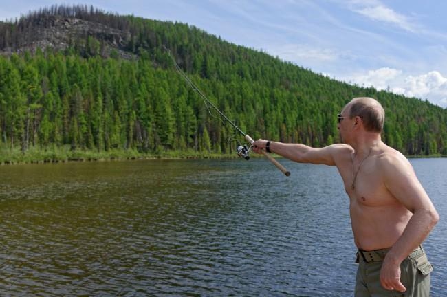 Le président russe s'offre une partie de pêche le 26 juillet