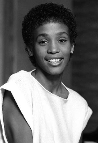 Une jeune Whitney Houston. Magnifique !
