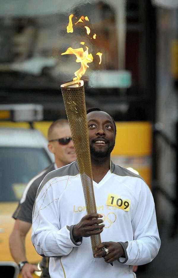 Will.I.Am, l'un des porteurs de la flamme olympique le 21 mai 2012