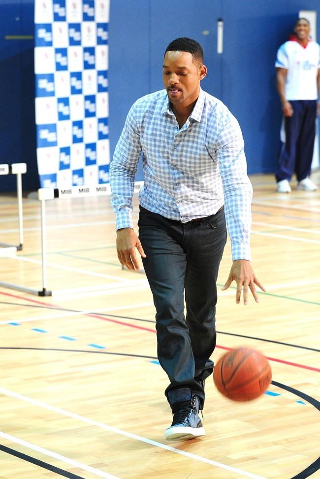 Heureusement le basket sauve l'acteur !