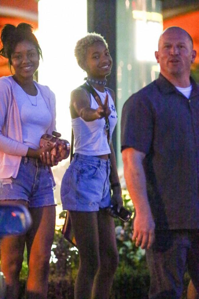 """Photos : Willow Smith et Moises Arias : diner entre """"friends"""" pour le duo qui a fait scandale !"""