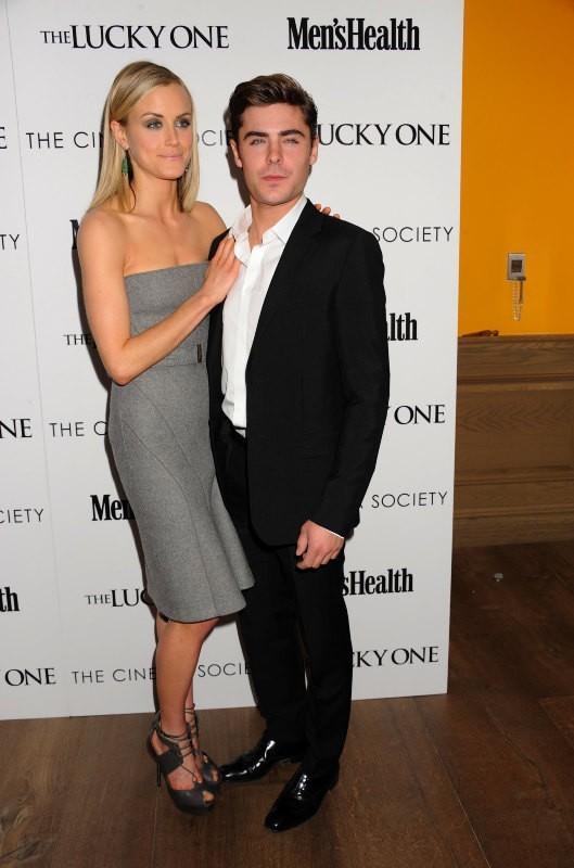 Taylor Schilling et Zac Efron lors de la première du film The Lucky One à New York, le 19 avril 2012.