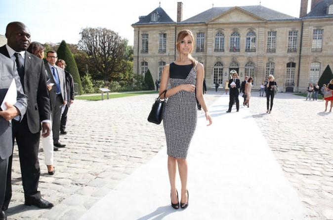Zahia Dehar au défilé Christian Dior organisé au musée Rodin de Paris le 27 septembre 2013