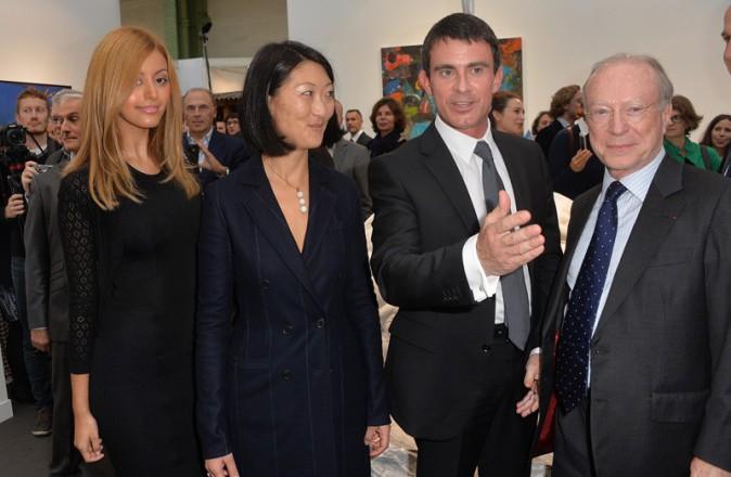 Zahia Dehar à l'inauguartion de la FIAC au Grand Palais le 22 octobre 2014