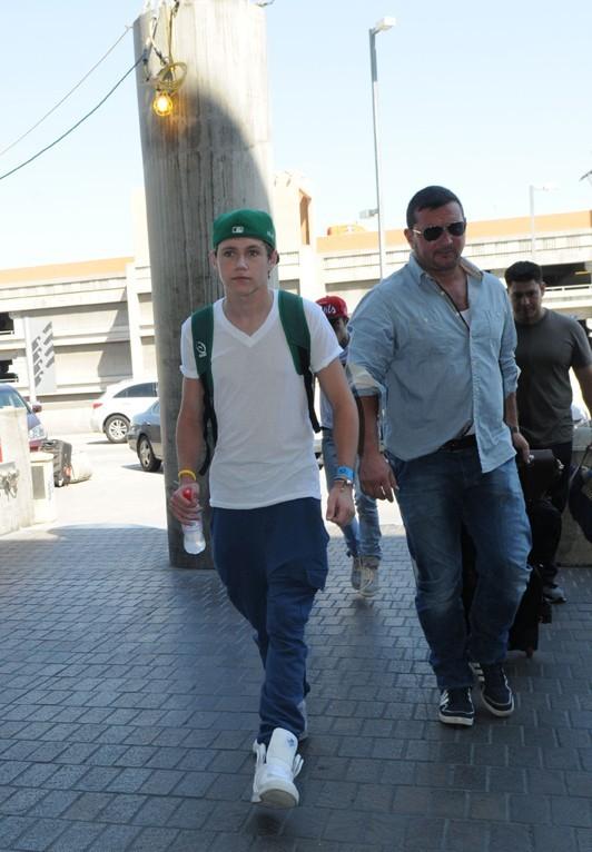 Zayn Malik et Niall Horan à l'aéroport de Los Angeles le 8 septembre 2012