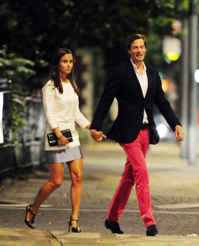 Nico Jackson, le possible fiancé de Pippa Middleton et fashionisto ose le pantalon rouge !