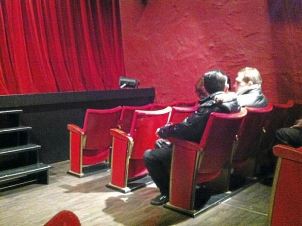 Pour toi, Public! Au total 48 sièges sur les 100 de la salle étaient occupés. Moyenne d'âge : 20 ans.