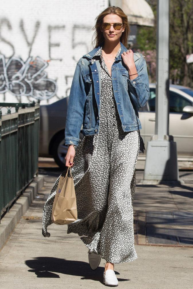 Karlie Kloss et sa veste en jean