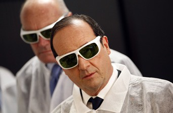 Bordeaux 11/01/2013 : François Hollande : Un mec in white !