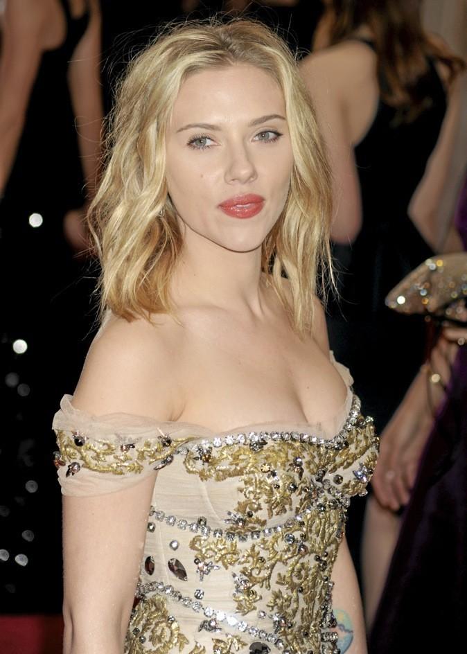"""Scarlett Johansson """"Je ne suis pas très sexuelle"""" !"""