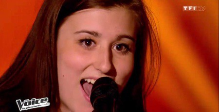 Caroline, le cinquième talent de Mika