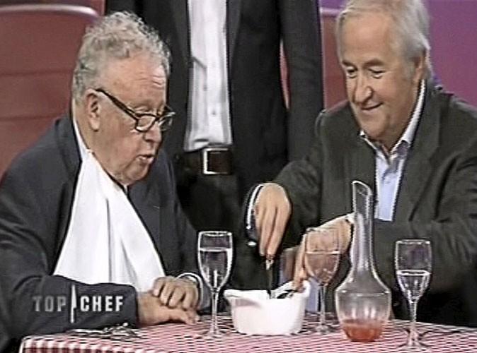 """Jacques Maillot : """"Est-ce que je coupe quelque chose pour vous Philippe ?"""" Philippe Bouvard : """"Non merci. Prenez un petit morceau et je prends le reste."""""""