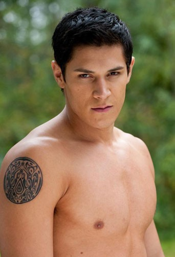 Alex Meraz dans Twilight