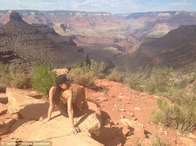 Victoria Beckham dans le Grand Canyon, le 17 avril 2014.
