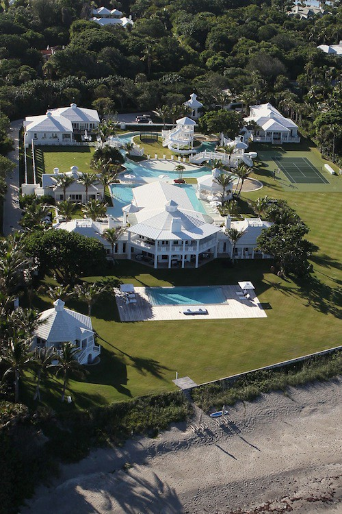 Vidéo : Céline Dion : elle vend sa somptueuse villa en Floride, visitez-là !