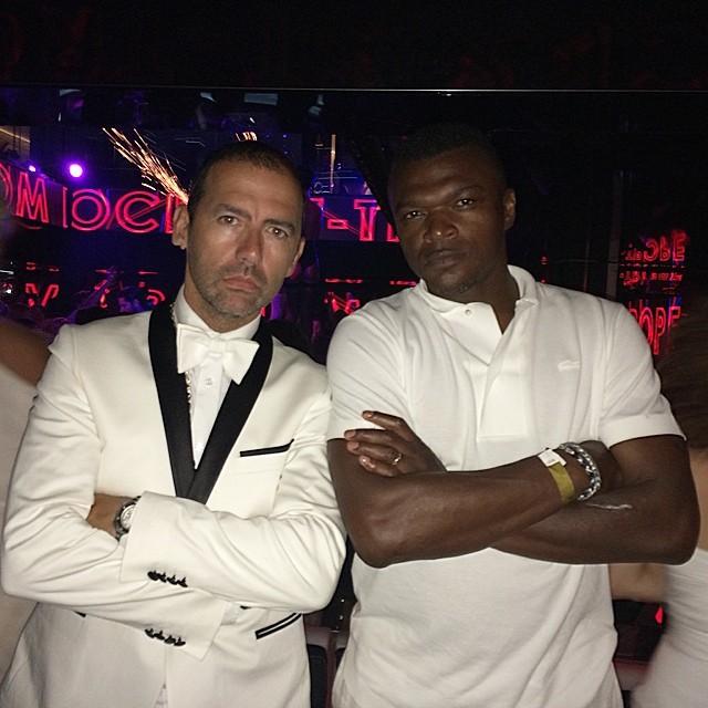 Avec l'ancien footballeur Marcel Dessailly