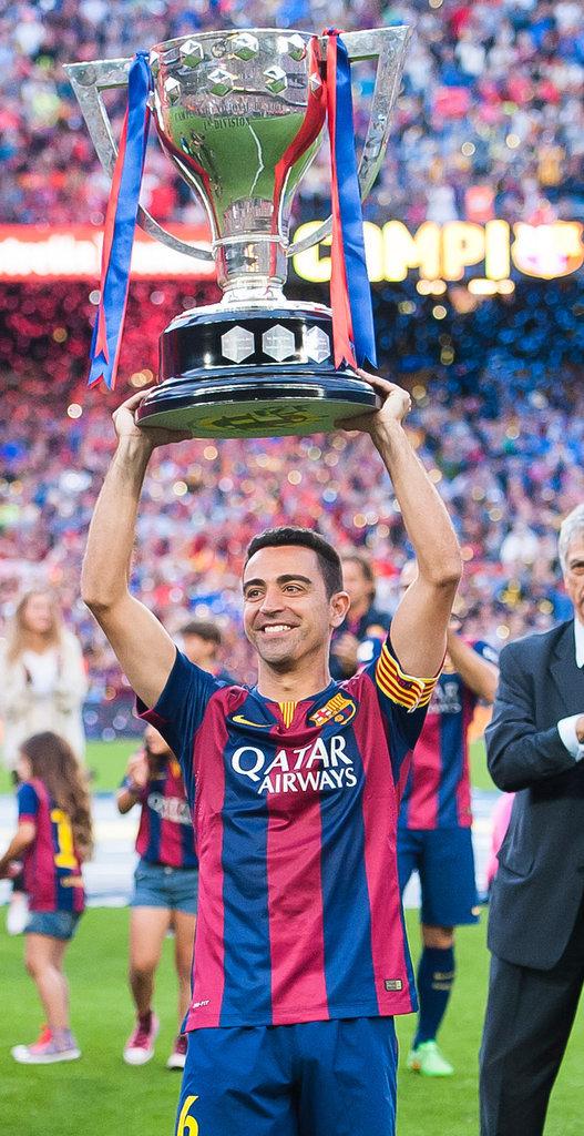 Xavi soulève la Ligue des Champions et dit au revoir au FC Barcelone en mai 2015