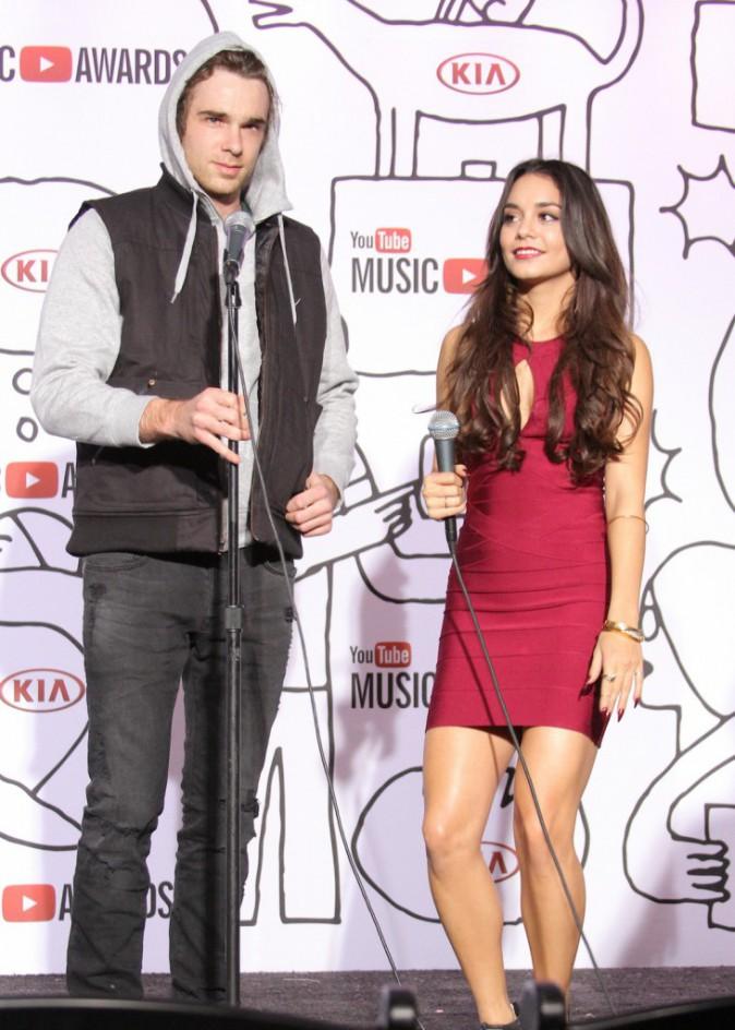 Vanessa Hudgens à la cérémonie des Youtube Music Awards