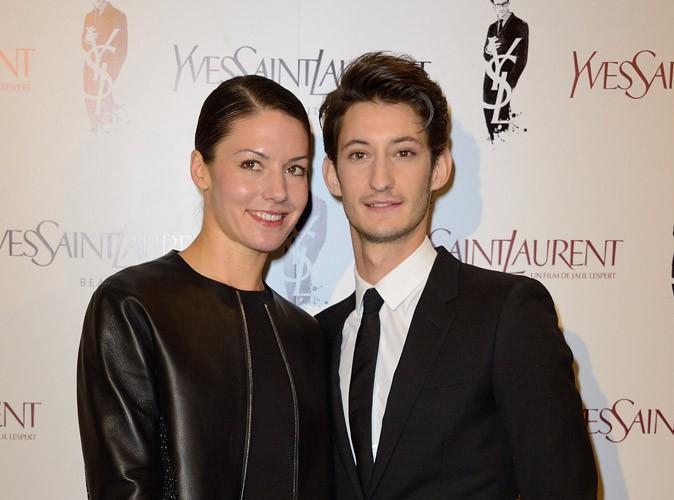 """Pierre Niney : """"Pour 2014, on peut me souhaiter que tout continue avec Natasha"""" !"""