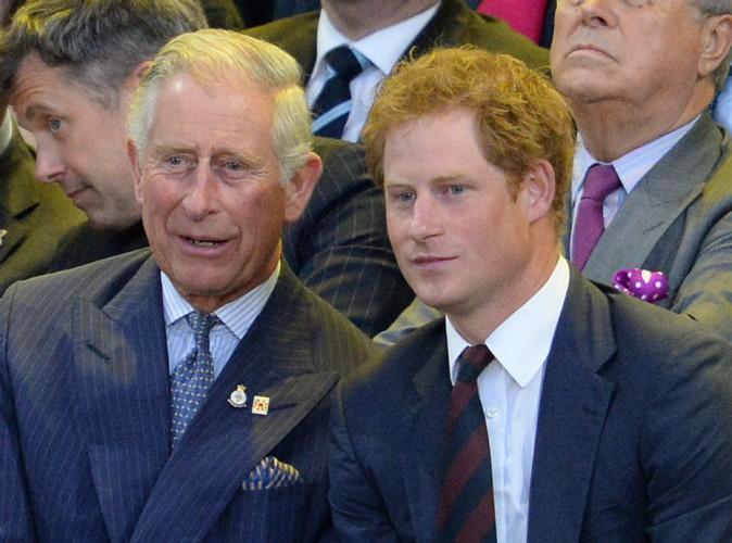 Pour que le prince Harry devienne roi, il tente de tuer les princes Charles et William !