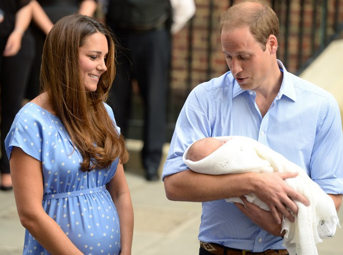 """Prince William : """"Le prince George est assez fort et très beau"""" !"""